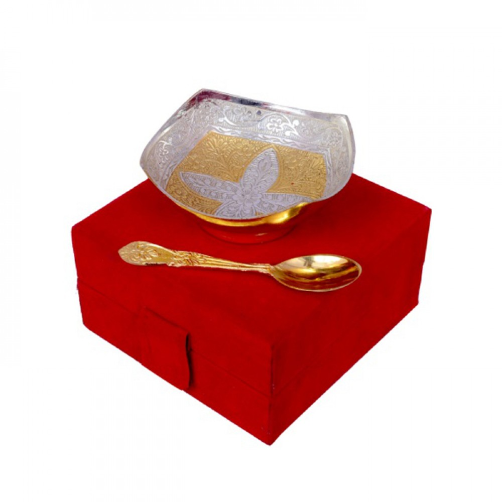Handi craft Decorative Brass  Square Shaped Bowl with Spoon (4 Inch Diameter)
