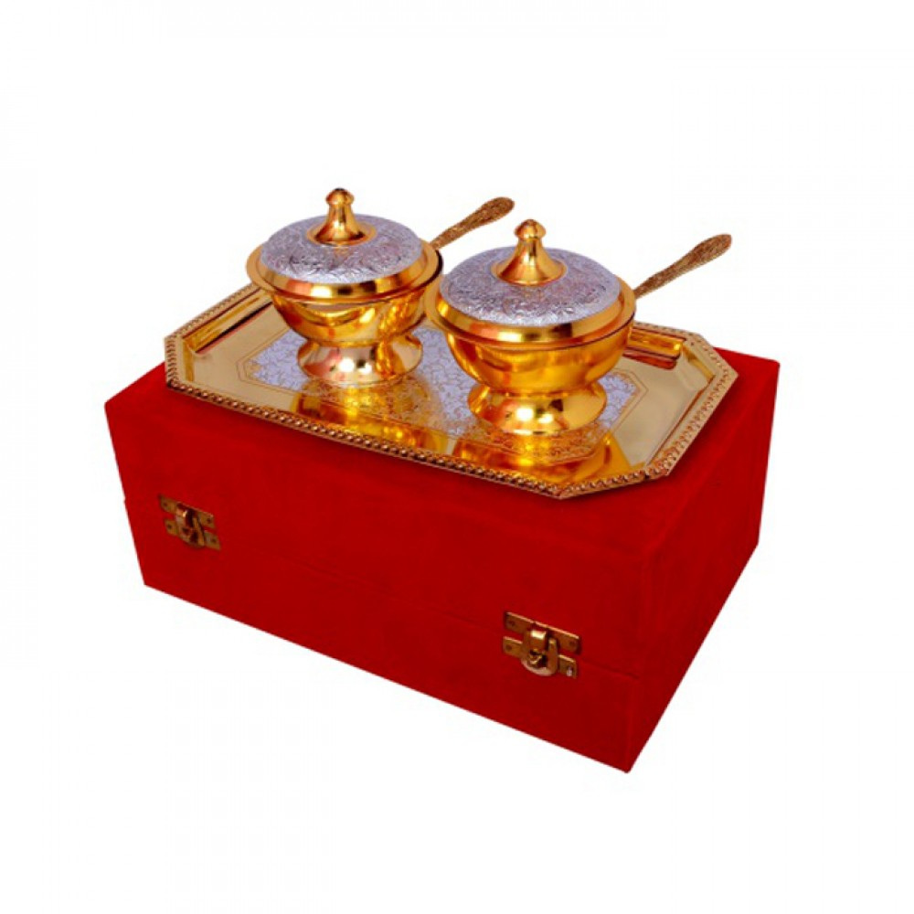 "Silver & Gold Plated Brass Mouthfreshner Set (Bowls 3'' Diameter & Tray 9.5"" x 5.5"")"